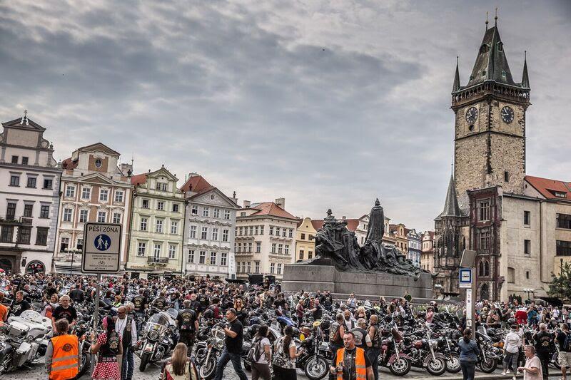 O evento Aniversário Harley-Davison em Praga prepara a capital da República Tcheca para receber milhares de motoqueiros (Foto: Divulgação)