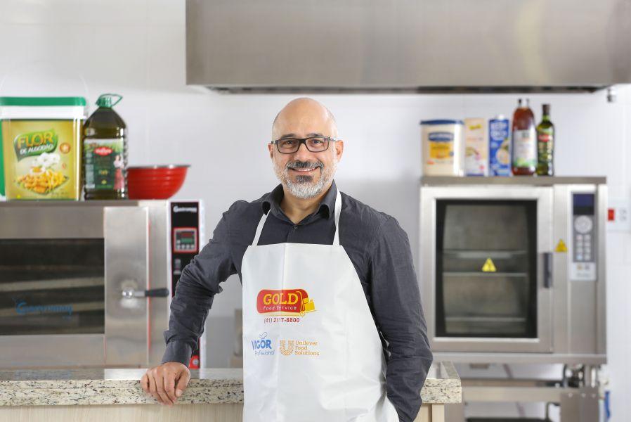 Ozeias T. Oliveira e a Gold Food Service nos bastidores da gastronomia
