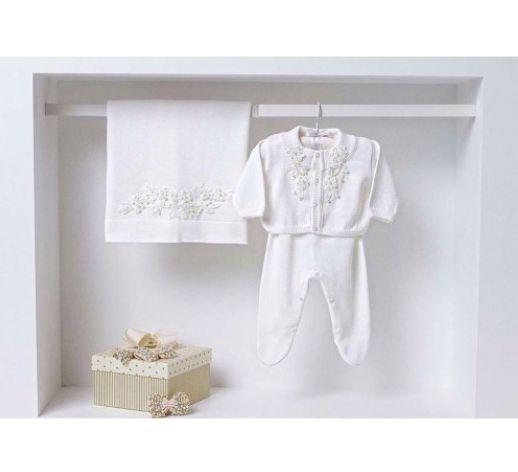 Saída Maternidade Branca C Pérolas 289,90 Criança à vista? Ane Kids indica 12 presentes para Chá de Bebê