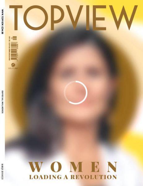 Capa da revista TOPVIEW de março, inspirada na série Loading, de Livia Fontana.