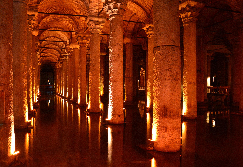 Cisterna da Basílica, uma das mais simbólicas de Istambul