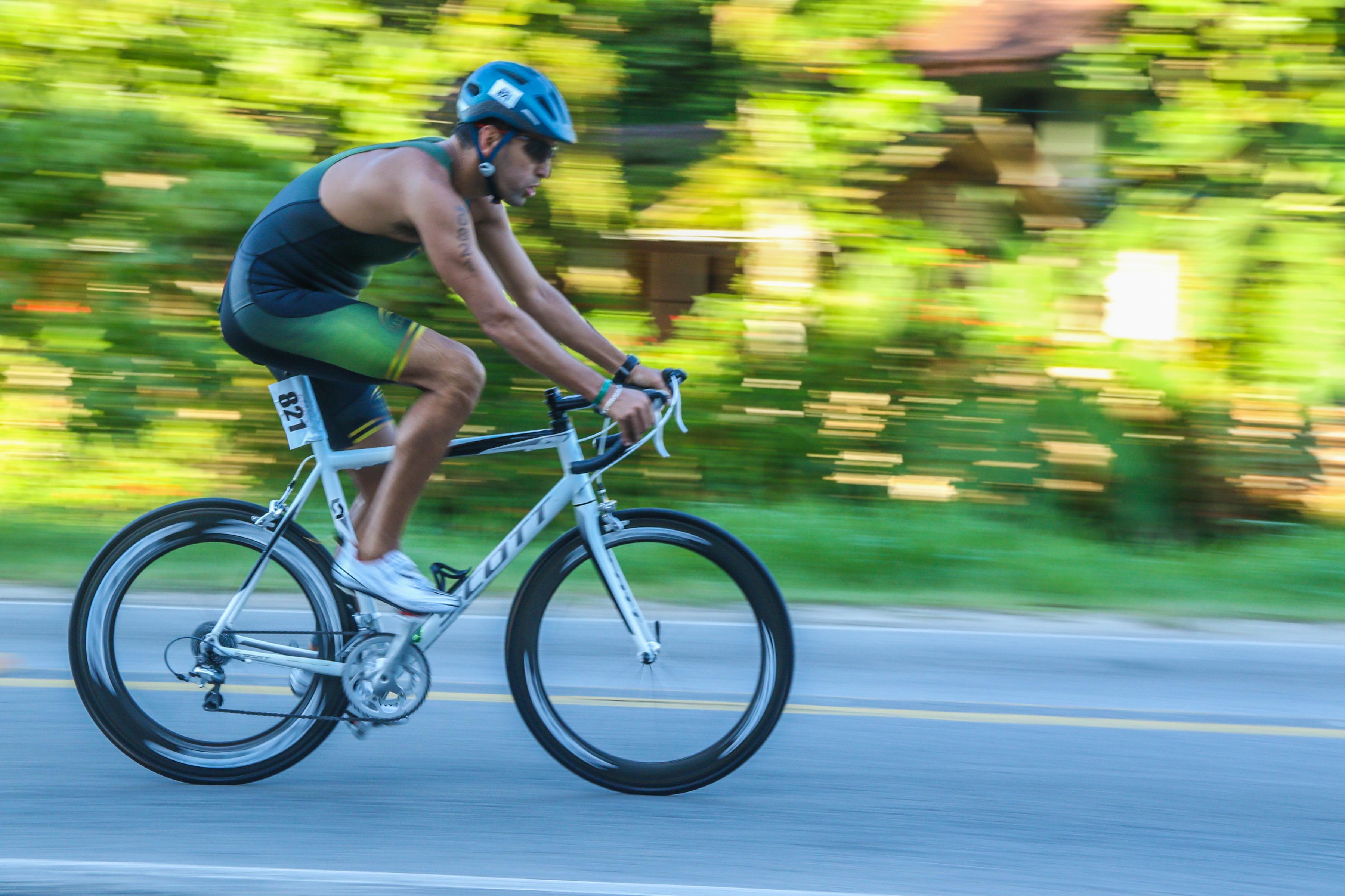 Juliano Wisnievski bicicleta