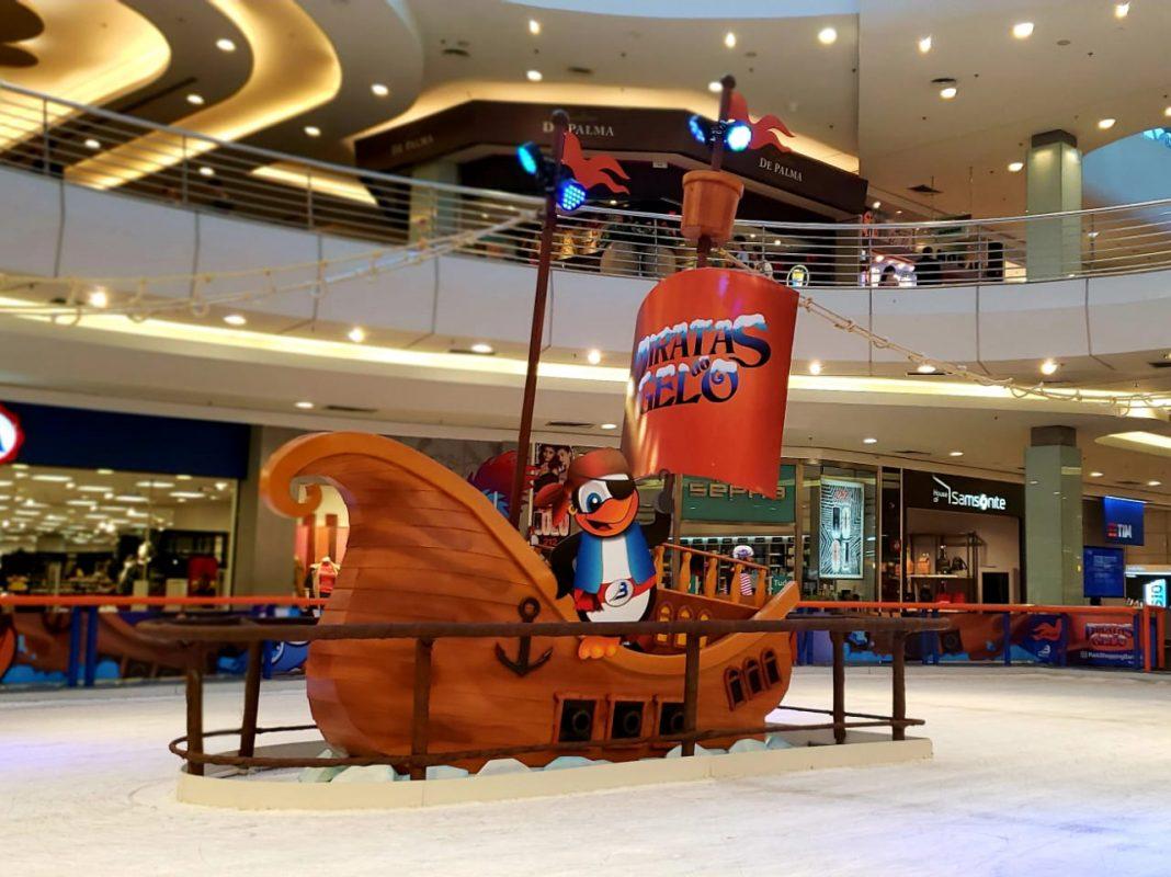 Pista de patinação inspirada nos Piratas do Gelo do PKB. (Foto: Divulgação.)